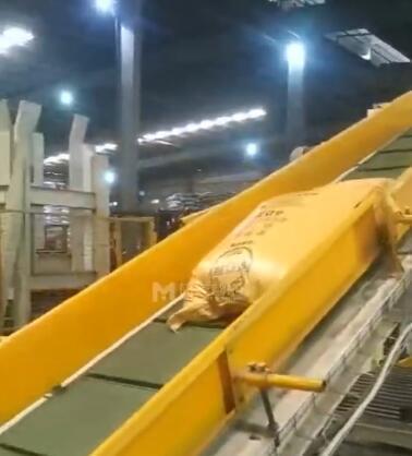 大米全自动码垛机 吨袋码垛机让粮食企业装卸工更轻松(二)