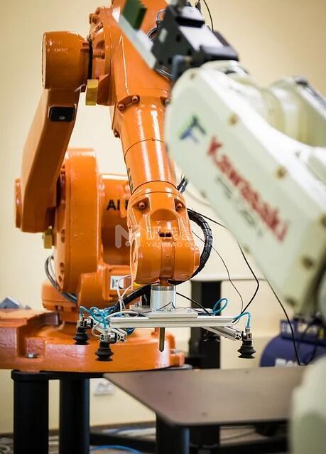 码垛机械手为企业带来巨大经济效益,将制造变为智造