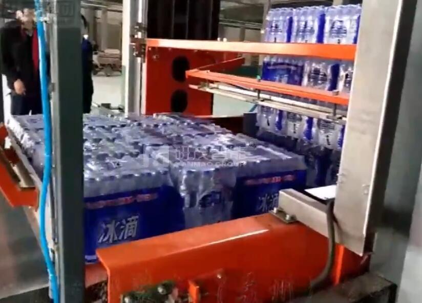 盖州纯净水工厂瓶装水码垛机调试视频