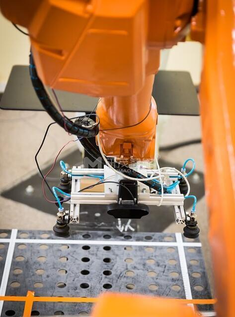 码垛机厂家带你了解工业无人化工厂设备